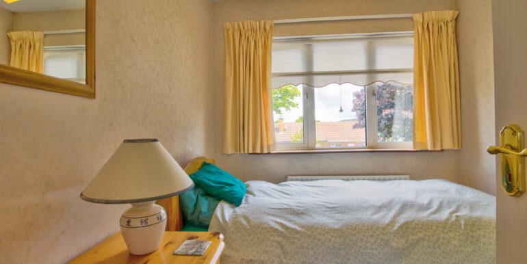 Front Single Bedroom (1)